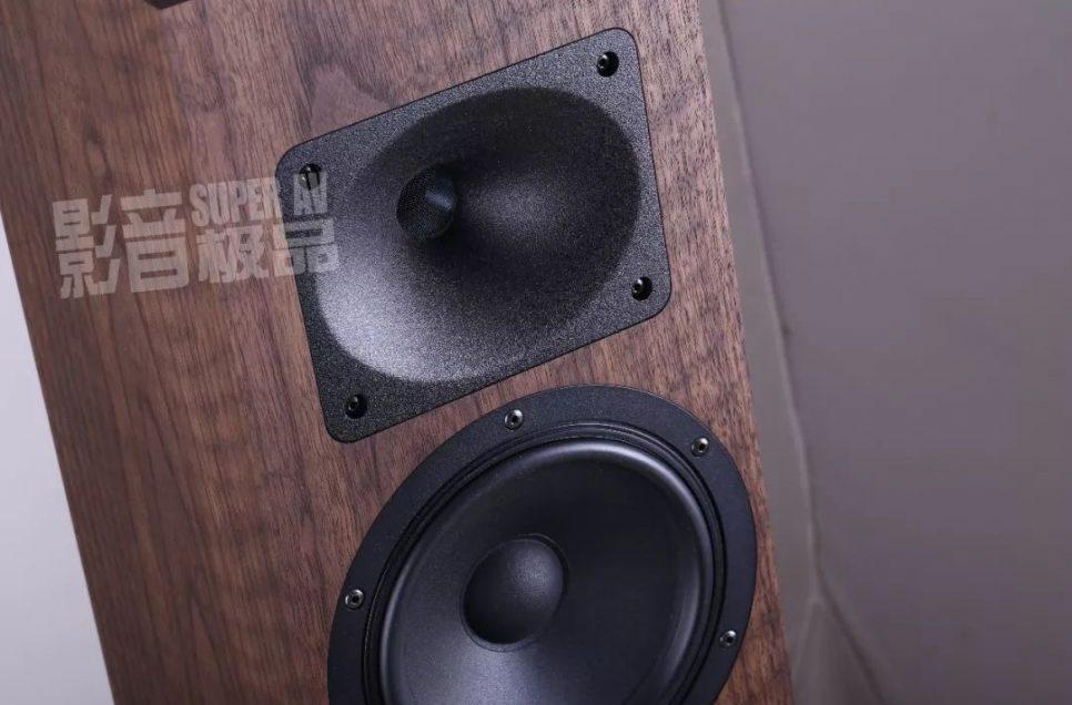 视野丨来自德国的玩号角高手 —— Blumenhofer AcousticsTempesta 17座地式扬声器