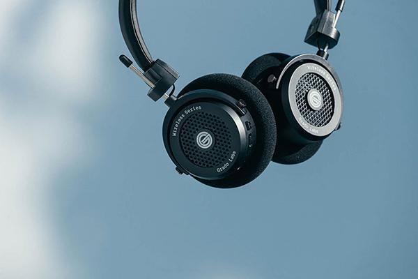 歌德(Grado)首款无线耳机——GW100开放式头戴蓝牙耳机