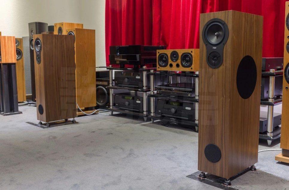 演绎美声之选 Rega RX5 座地式扬声器