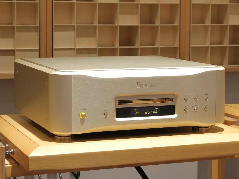 """触摸原声的""""云霄"""",Esoteric K-01XD(金色限量版)SACD/CD播放器"""